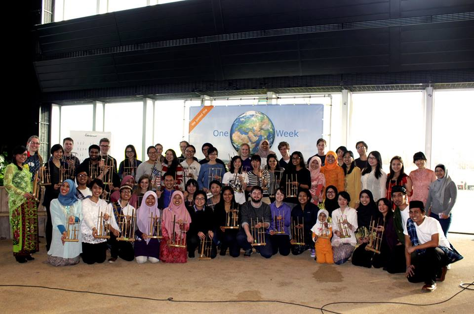 angklung-one world week1
