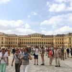 Schönbrunn Palace, dan tiba-tiba...